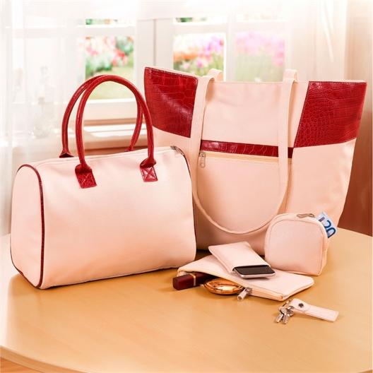 Lot de sacs et accessoires