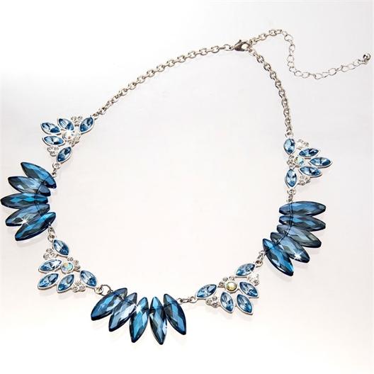 Collier blue tone