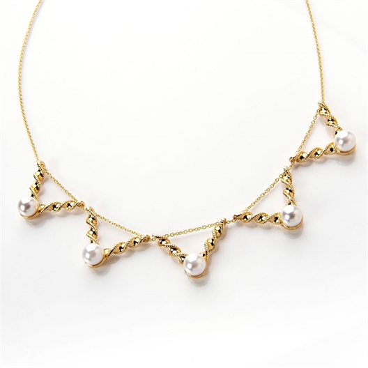 Collier perles triangle